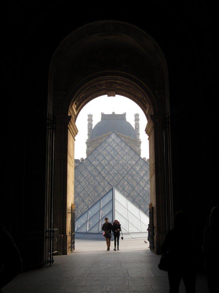 LouvreArch2