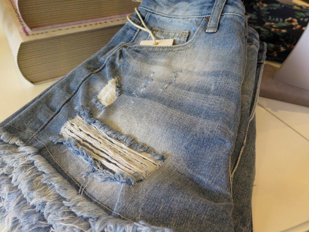 denim_shorts