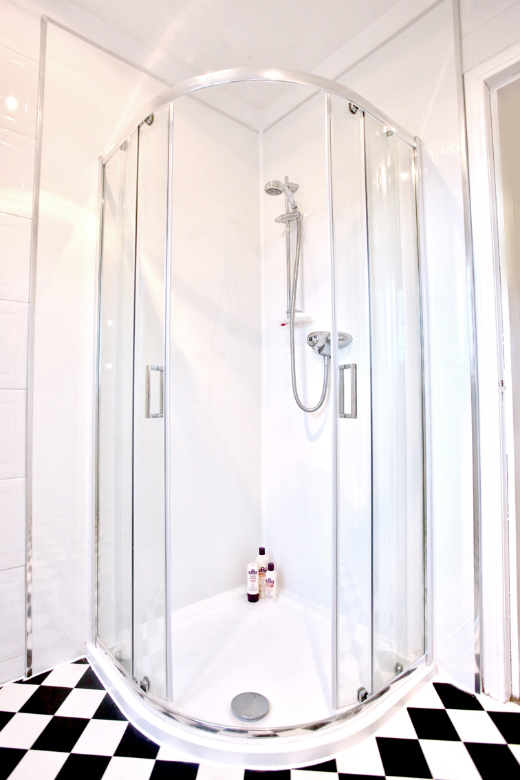 How to change your bathroom on a budget – The Daydreamer